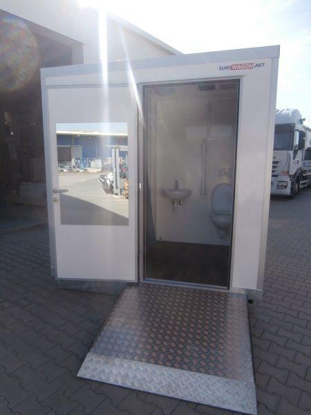 Container 63 - bathroom